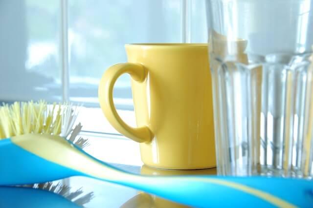 酸素系漂白剤はルイボスティーの茶渋も落とせるし食器にも使えておすすめ