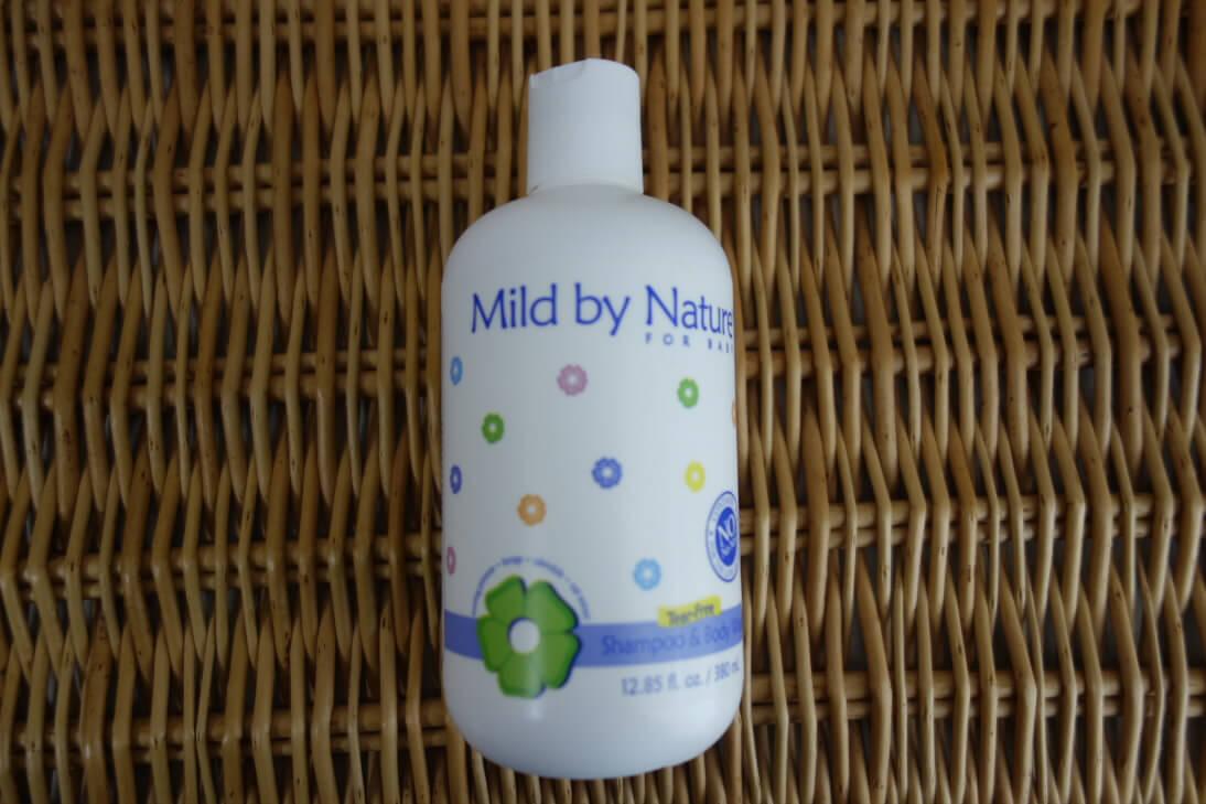 赤ちゃん用の涙の出ないシャンプー&ボディーソープ