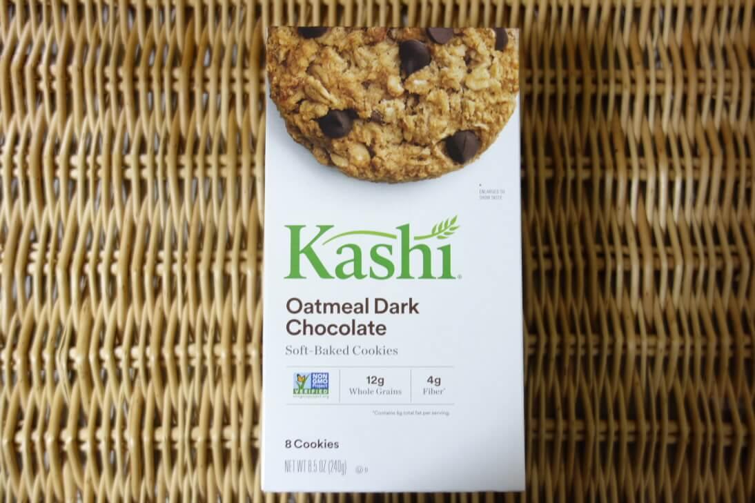 Kashiのベイクドオートミールチョコレートクッキーのパッケージ