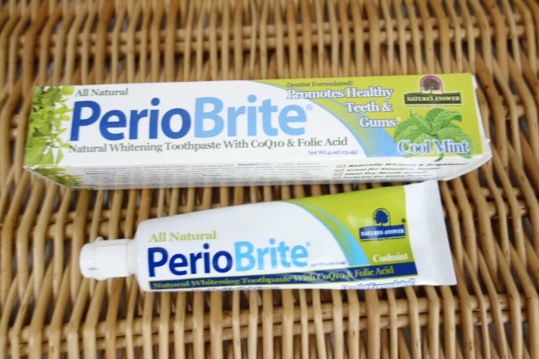コエンザイムQ10入りの歯磨き粉ペリオブライトで健康的な歯を作る