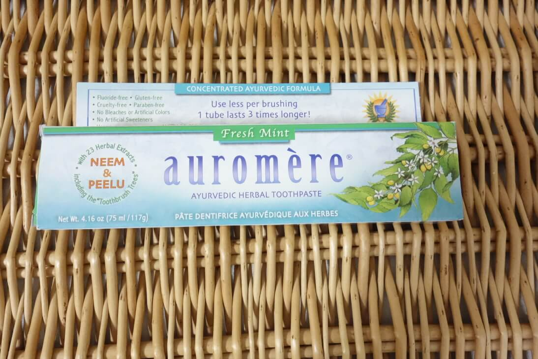 オーロメアのホワイトニング歯磨き粉(アーユルヴェーダ)は使いやすかった